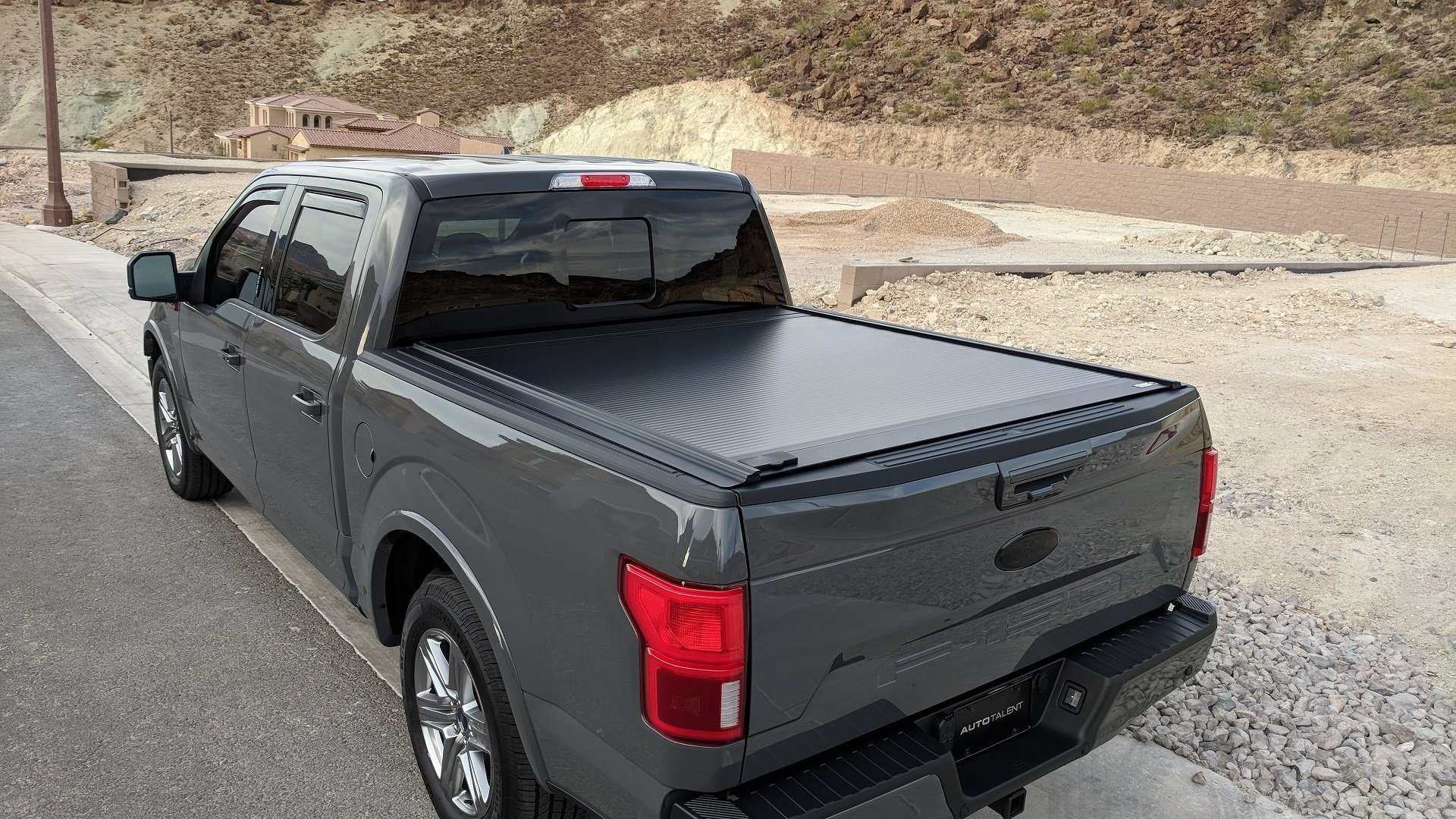 TONNEAU COVERS & WHY YOU NEED ONE! - WULF4X4
